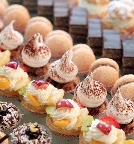 1 Dozen Mixed Baker's Choice Cupcakes